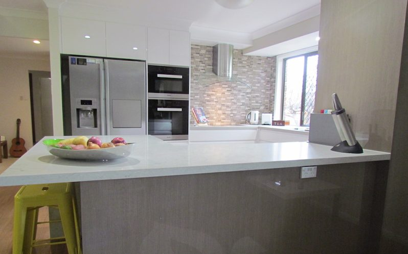 Carla's kitchen renovation after photos proudly presented by Exclusiv Kitchens Bayside